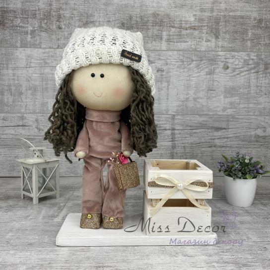 Кукла модная + деревянная коробочка