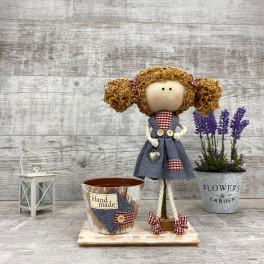 Интерьерная кукла в платье  *рандомный выбор цвета