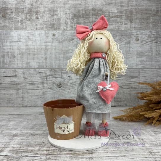 Интерьерная кукла с бантиком