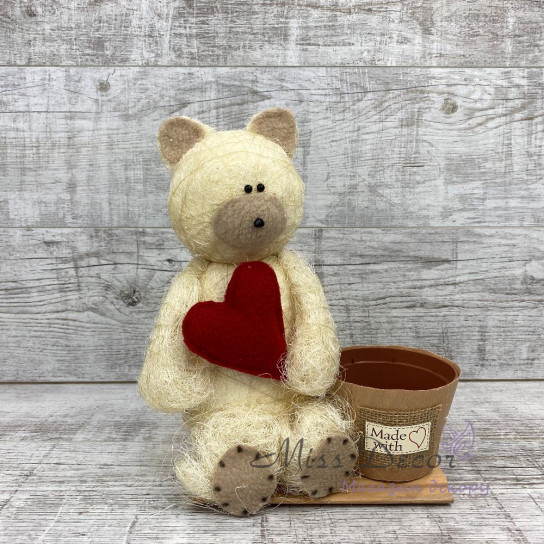 Мишка с сердцем декор