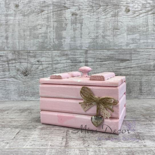 Шкатулка деревянная малая розовая
