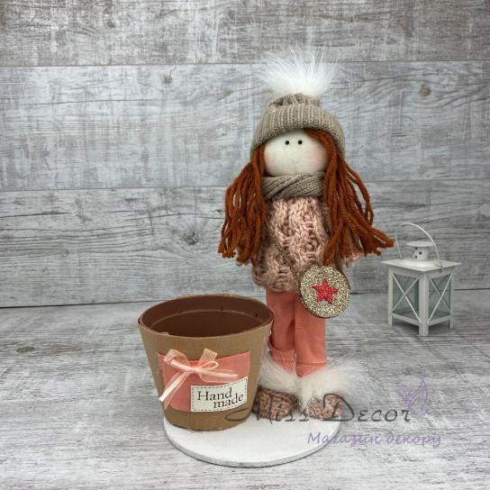 Интерьерная кукла в шапке и штанишках