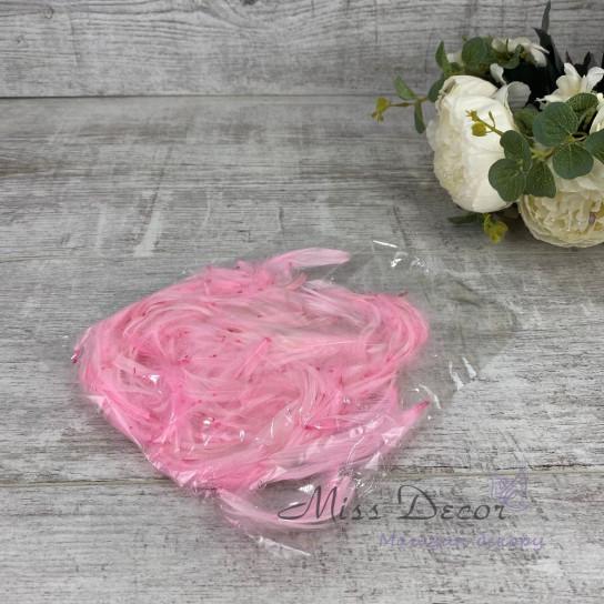 Перья в пачках розовые