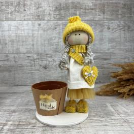Интерьерная кукла в шапке  *рандомный выбор цвета