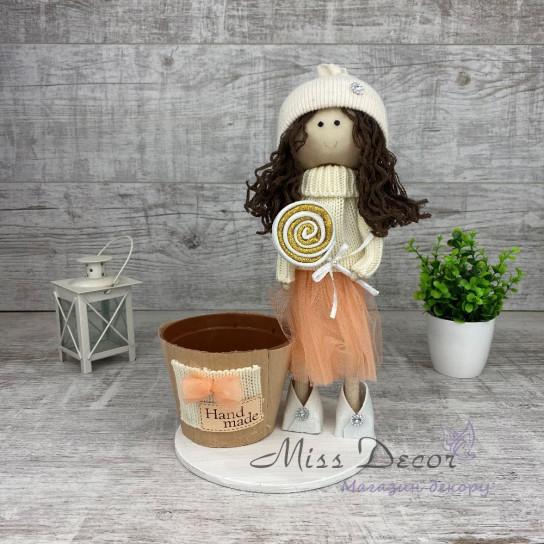Интерьерная кукла с конфеткой