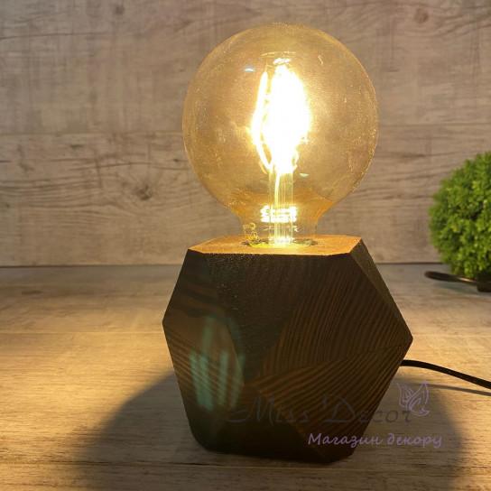 Светильник с ретро лампой